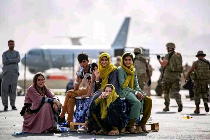 Breaking: Uganda Receives the First Batch of Afghanistan Refugees To Africa.